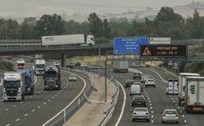 1,8 millones de coches podrán usar en verano la N-1 para evitar los atascos en Armiñón