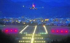 El aeropuerto de Loiu invierte 8 millones en cambiar 6.000 focos y bombillas por led