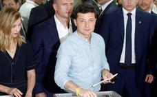 El partido del cómico Zelenski logra la mayoría absoluta en la Rada ucraniana