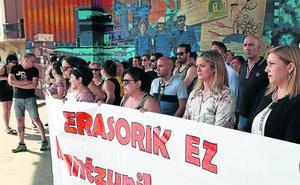 Barakaldo cierra sus fiestas con un ataque sexista en las txosnas