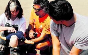 Cruz Roja ofrece cursos de primeros auxilios en 19 playas