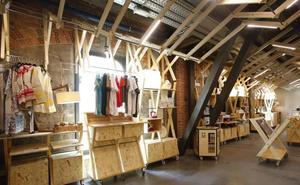 Una tienda de diseño intentará relanzar el área comercial de Azkuna Zentroa