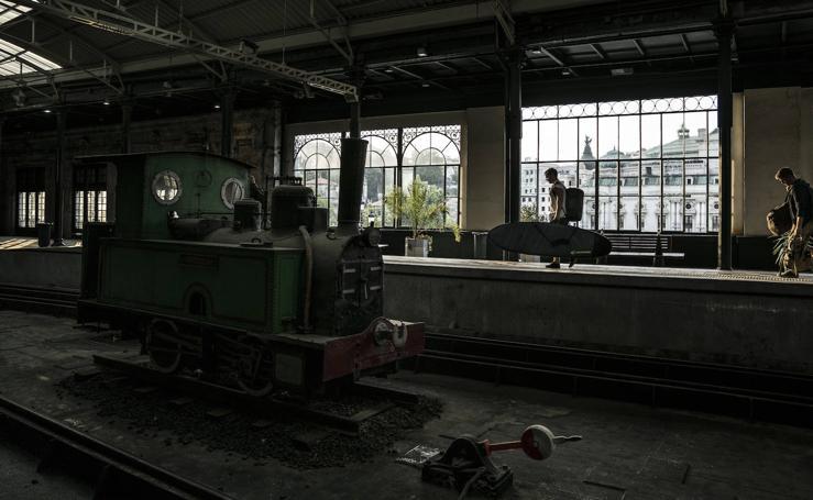 Viaje en el tren durante el trayecto Bilbao-Santander
