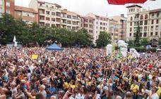 Barakaldo celebra la participación masiva en fiestas, que tuvo con Lola Indigo su mayor asistencia