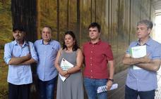 Los participantes en el plan de empleo joven llenan de color seis fachadas de Galdakao