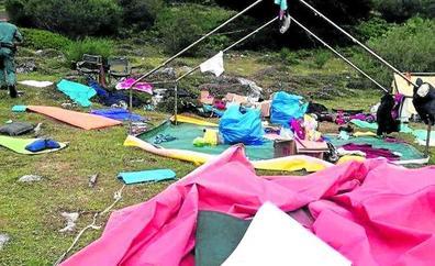 Rescatan a 500 menores acampados en Asturias y Castilla y León por las tormentas
