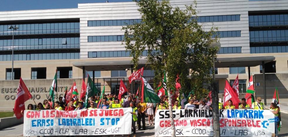 Los trabajadores del transporte sanitario vasco anuncian nuevas movilizaciones