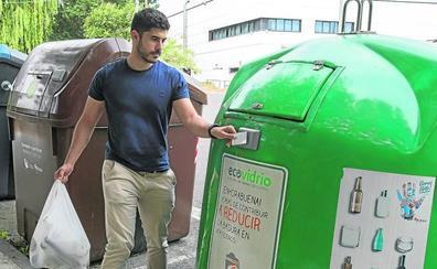 Zamudio implanta una tasa de basura pionera en Europa que penalizará a quien menos recicle