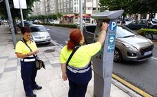 La zona azul genera 533 denuncias al mes en sus 941 plazas de estacionamiento de la ciudad