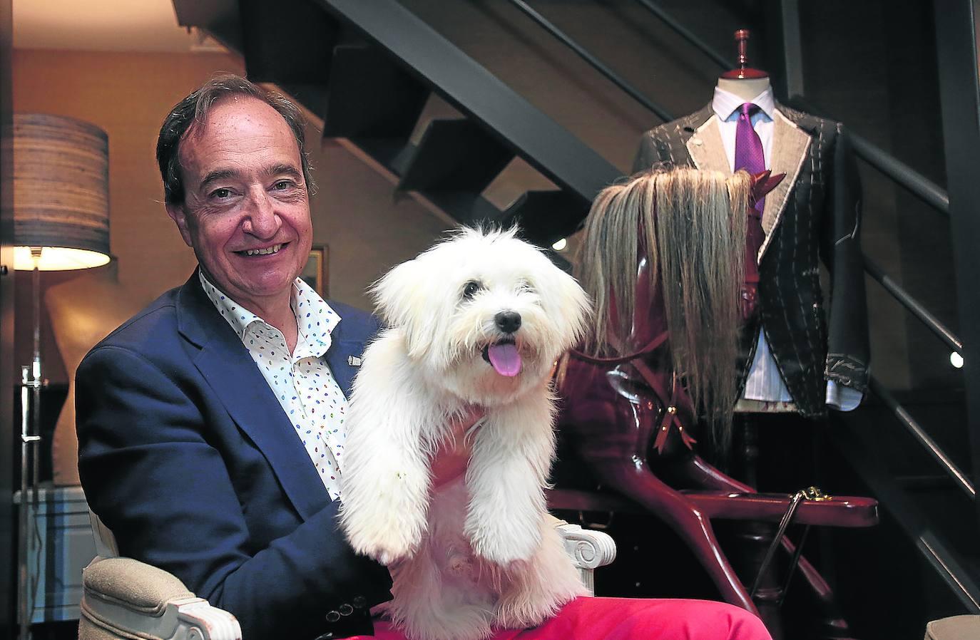 Rafael Gardeazabal: «Transmite mucha paz y acariciarlo es un lujo»