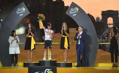 Caleb Ewan cierra el Tour del centenario del maillot amarillo