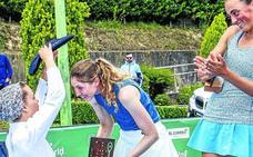 Cristina Bucsa impone su ley en el World Tennis Vitoria