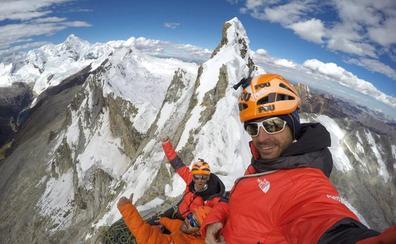Los Pou abren su «vía más difícil» en los Andes