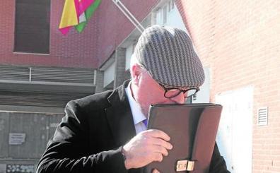 El juez cree que la cúpula de BBVA toleró los contratos del banco con Villarejo