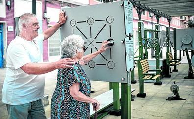 Mari Paz, Yolanda y Arturo se han conocido jugando aquí
