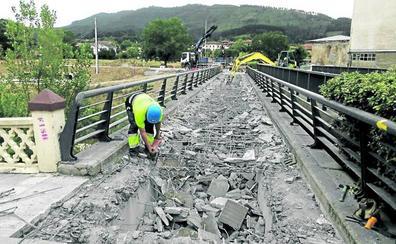 URA demolerá hoy un puente en Zalla para evitar las inundaciones del Cadagua