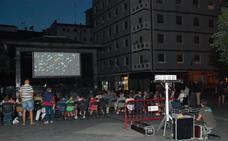 Ermua adora su cine de verano