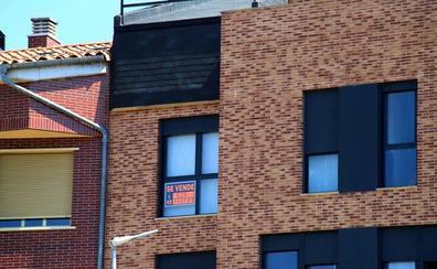 La compraventa de viviendas cae un 9% en junio por la nueva ley hipotecaria