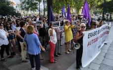 Primera noche en prisión para el acusado de violar a una menor en una casa okupa de San Sebastián
