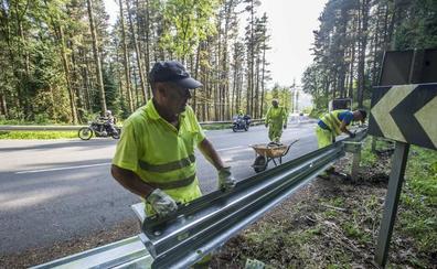 Los guardarraíles ya protegen a los motoristas en 96 kilómetros