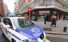Detenida por golpear y morder a una de las mujeres a las que robó sus bolsos en un bar de Bilbao