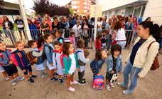 61 familias mirandesas piden ayuda para adquirir libros de texto y material escolar