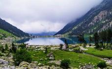 Ruta al lago de Gaube y al refugio de Oulettes