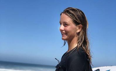 Leticia Canales y Ariane Ochoa convocadas para el Mundial de surf de Japón