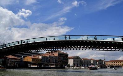 Multan a Calatrava con 78.000 euros por negligencia en la construcción del puente de Venecia