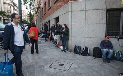 Detienen a una mujer en Cantabria que estafó 25.000 euros a dos senegaleses en Bilbao