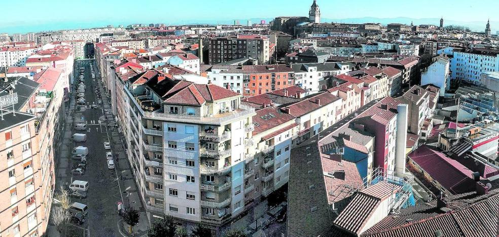 Los edificios de Vitoria, unos cincuentones