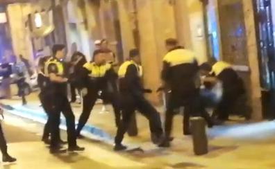 Detenido en San Francisco por agredir a los agentes que fueron a identificarle tras una pelea