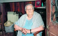 Anita, un siglo con ánimo festivo en Artziniega