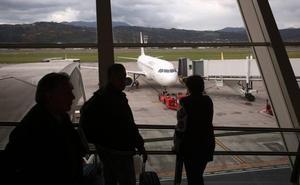 Sin acuerdo para acabar con el conflicto laboral en el aeropuerto