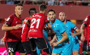El Mallorca vuelve a la elite con un triunfo ante el Eibar