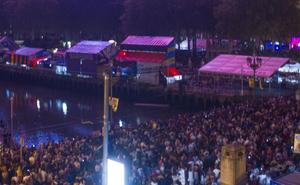 El PP pide la retirada de carteles y fotos de miembros de la banda en txosnas de Bilbao