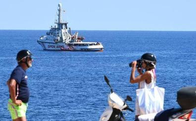 El Open Arms pide a España e Italia los medios necesarios para llegar a Mallorca