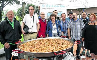 Paella solidaria para los más desfavorecidos en Rekalde