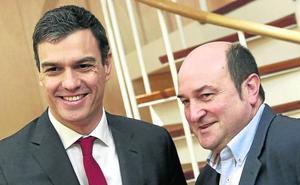 Sánchez busca el apoyo del PNV para subrayar su sensibilidad territorial