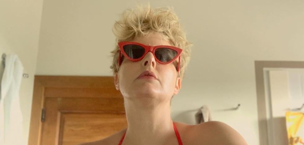 Tania Llasera enseña en bikini sus «kilos postvacacionales»: «Mi celulitis la muestro yo»