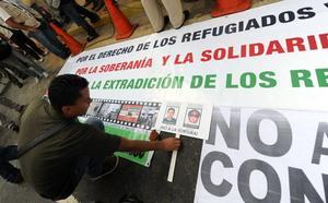Dos históricos de ETA en Venezuela vuelven a Euskadi en plena crisis del régimen de Maduro