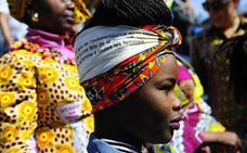 Afrikar identitate kulturalekin bat egiten duten lehendabiziko panpinak merkaturatu berri dituzte