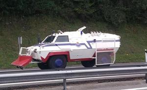 La Ertzaintza moviliza dos tanquetas antidisturbios ante posibles altercados en el G-7