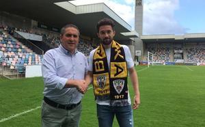 El exjugador del Bilbao Athletic Urtzi Iriondo ficha por el Barakaldo