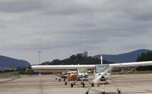 Tres avionetas causan revuelo en Vitoria al sobrevolar la ciudad de madrugada