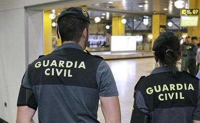 Seis años de cárcel por enviar desde Bolivia a Getxo cocaína impregnada en manteles