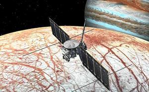 La NASA da luz verde a su misión a Europa, la luna de Júpiter que puede albergar vida