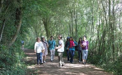 Elkarrekin propone incorporar visitas de naturaleza a la oferta turística de Vitoria
