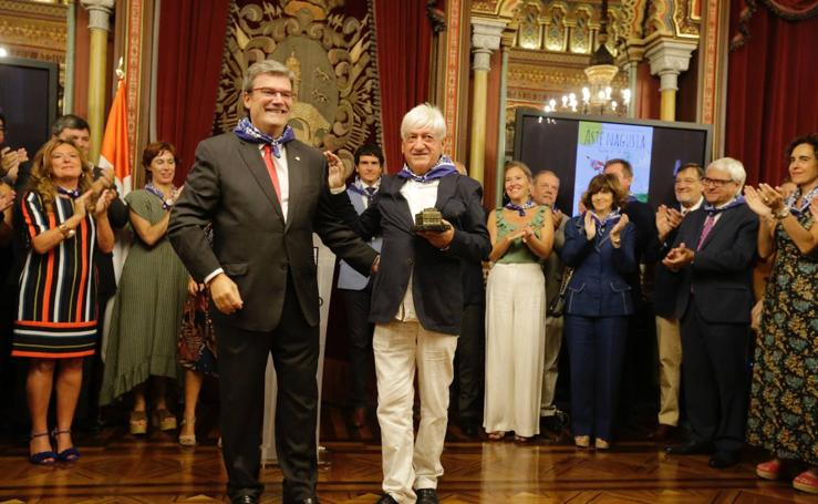 Recepción oficial a la sociedad bilbaína en el Ayuntamiento