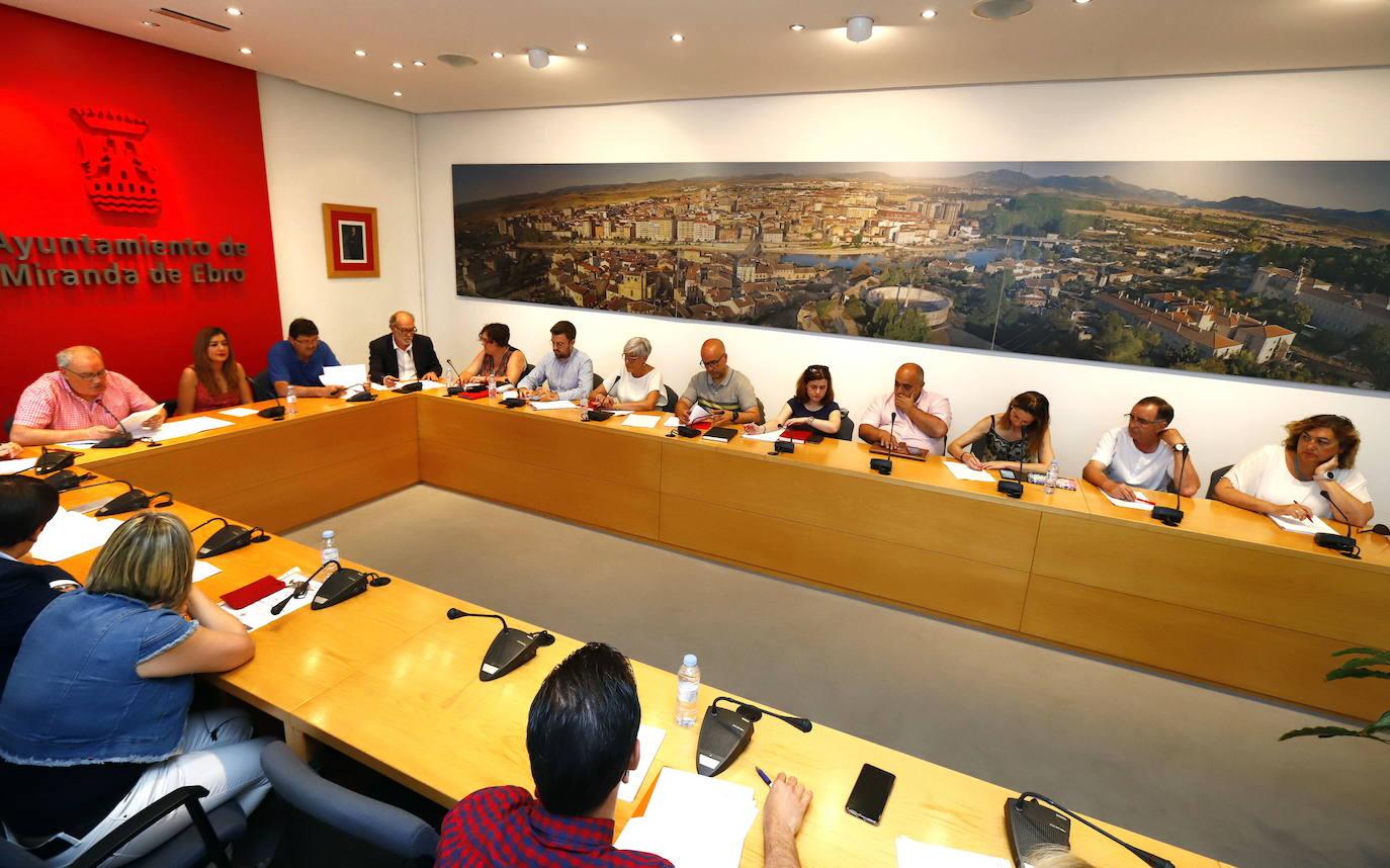El PSOE propone una moción conjunta sobre la situación del Servicio de Dermatología
